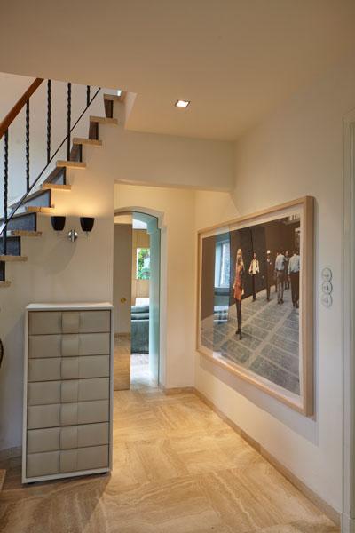 Gang, schilderij, kunst, trap, bovenverdieping, vooroorlogse villa, De Bever Architecten