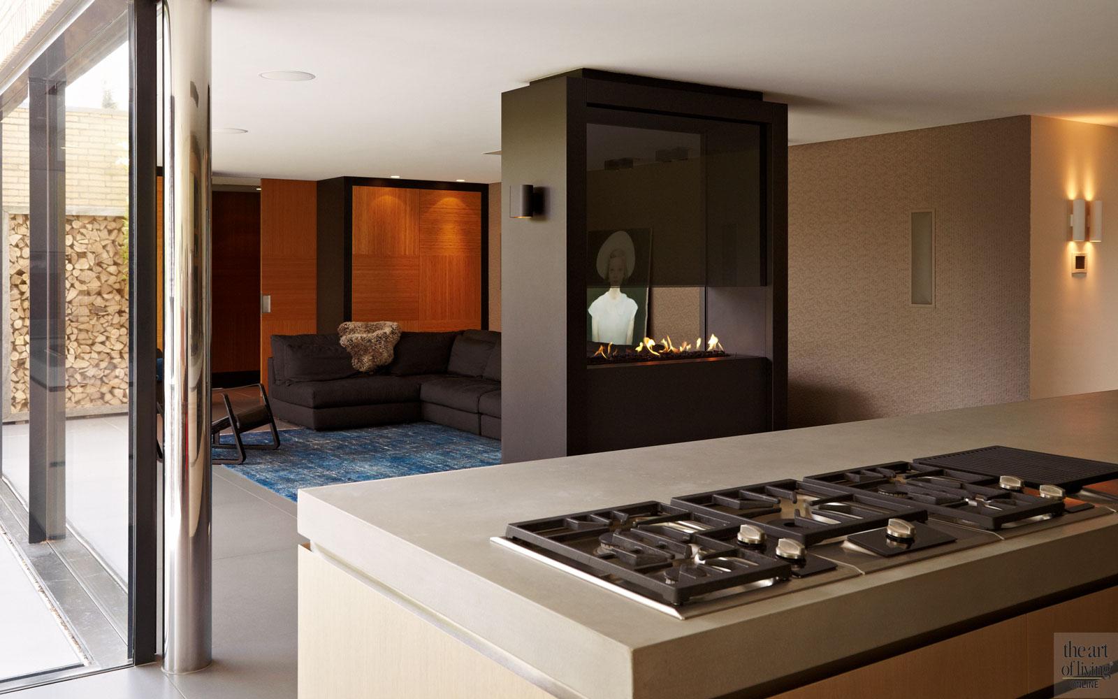 Woonkamer, keuken, doorkijkhaard, kookeiland, extreme verbouwing, Osiris Hertman