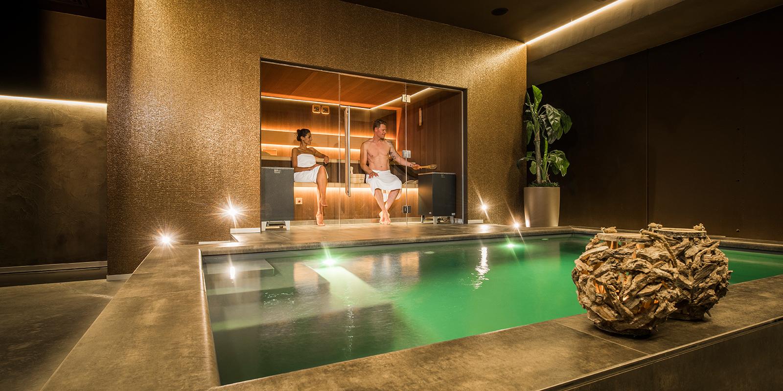 Alpha Industries, wellness, spa, sauna, pool, zwembad