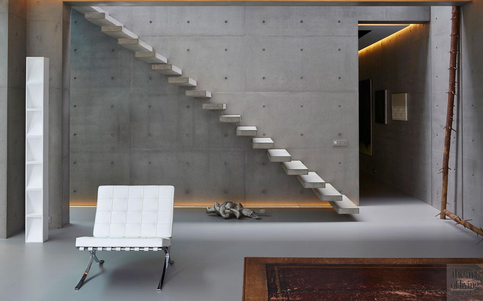 Kelder, trap, beton, lichte ruimte, Volder Interieur, Marcel Wolterinck, oud ontmoet nieuw, VVR Architecten