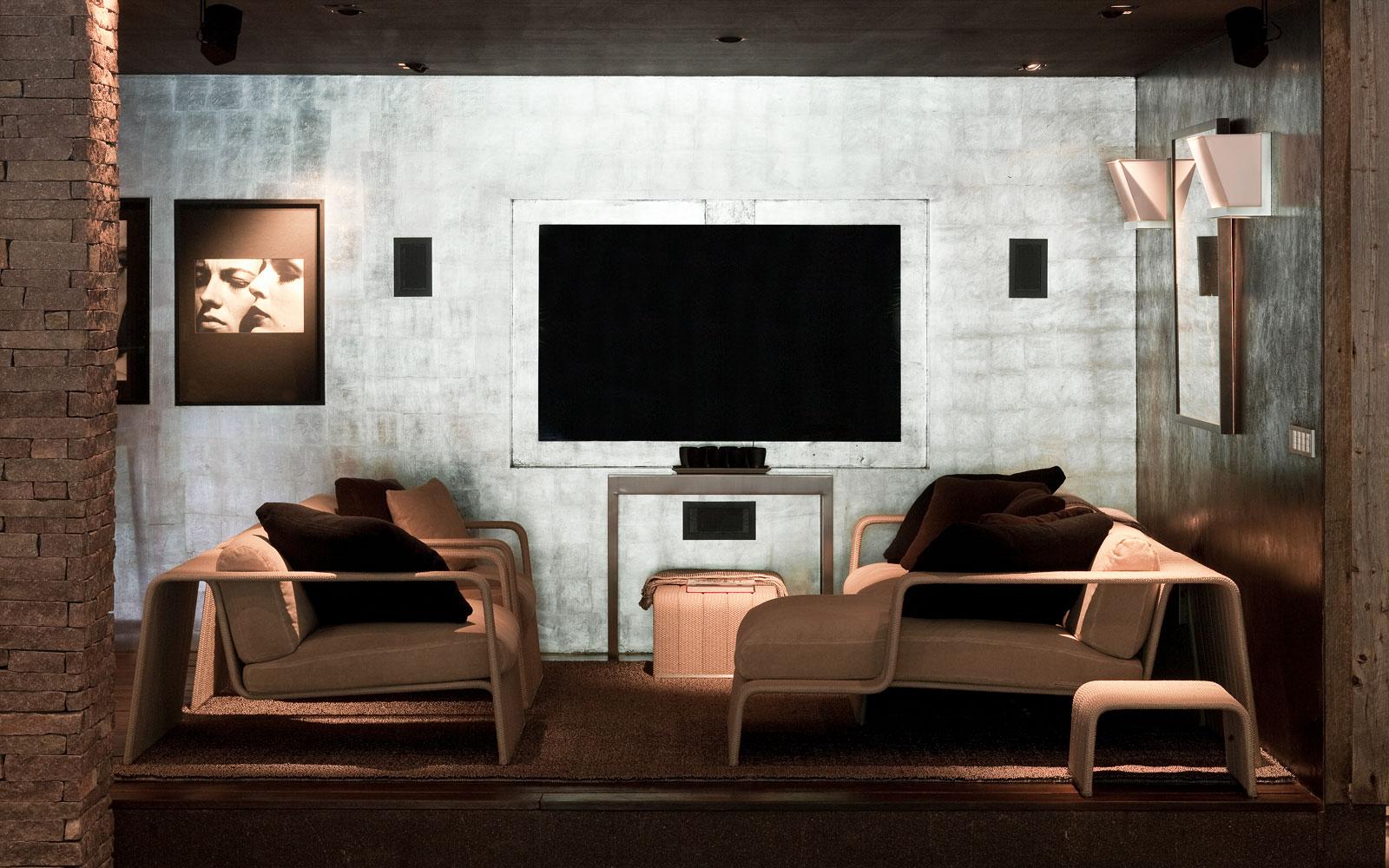 Lounge, loungehoek, televisie, wellness, souterrain, riante villa, Leeflang Architectuur