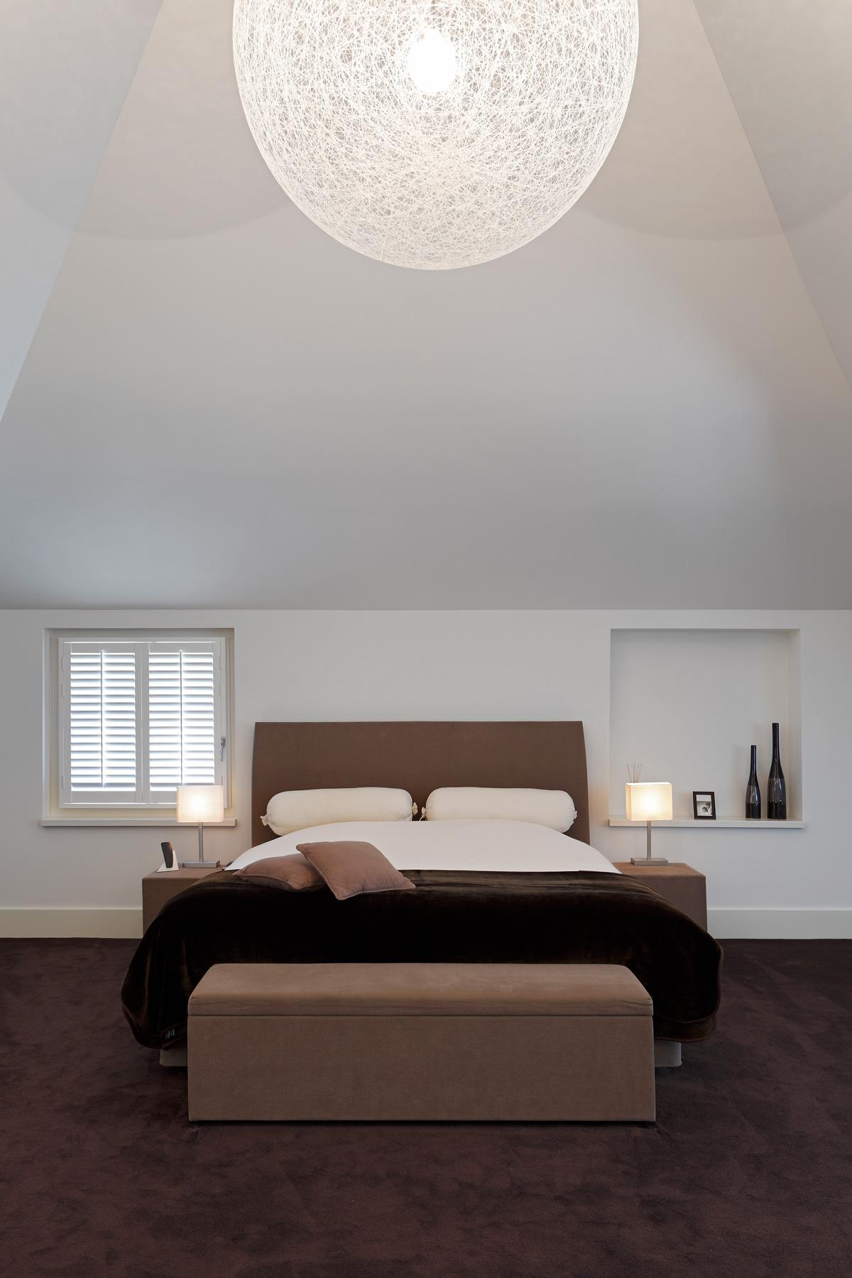 Slaapkamer, master bedroom, bed, boxspring, hedendaags landhuis, Marco Daverveld