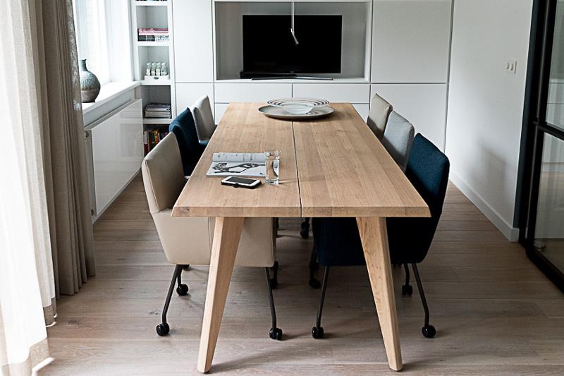 Keuken, keukentafel, hout, ruime keuken, interieurproject, verbouwing, Marstyling