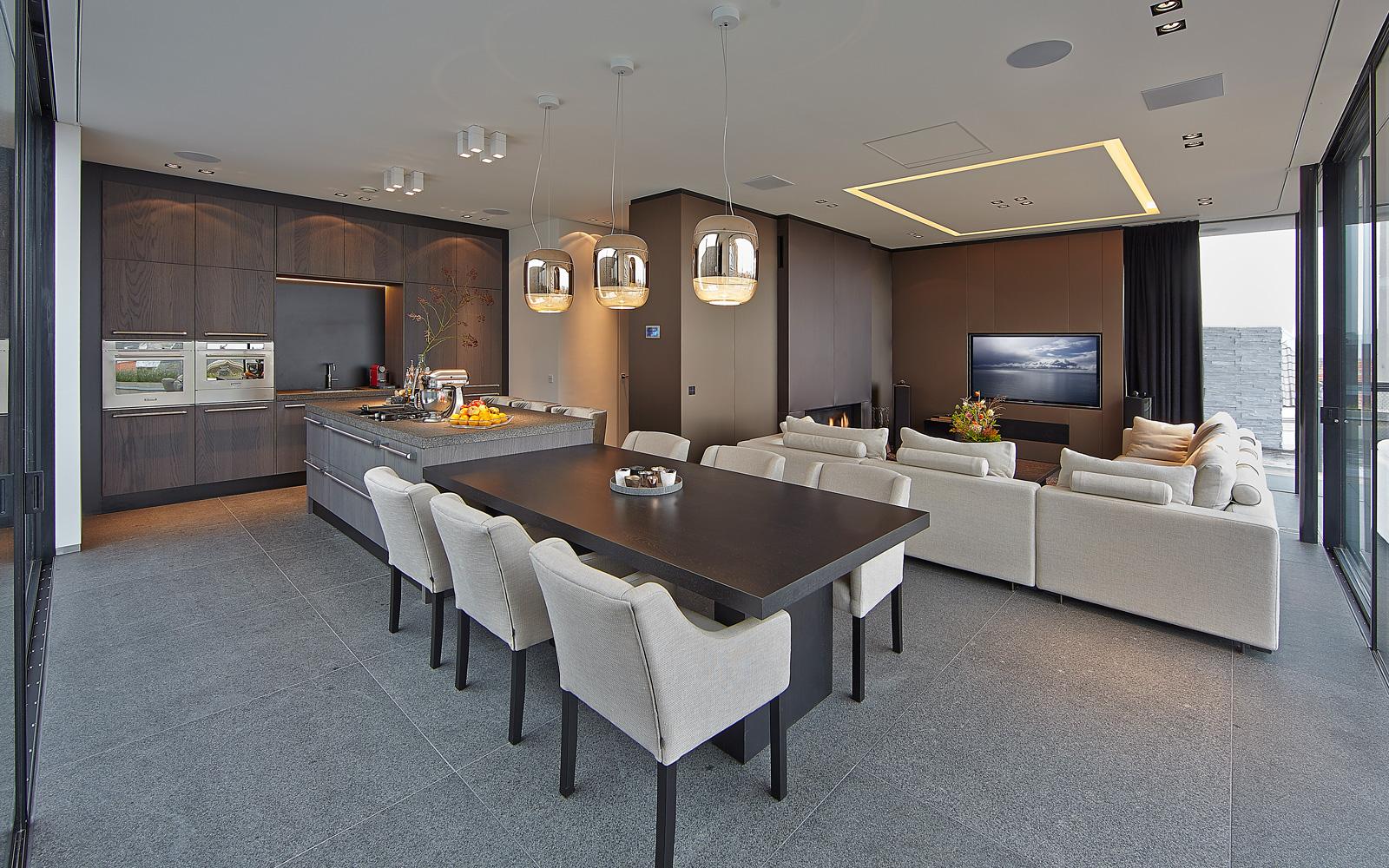 Keuken, woonkamer, open verbinding, ruimtelijk, natuursteen, eettafel, natuurlijke materialen, Powerhouse Company