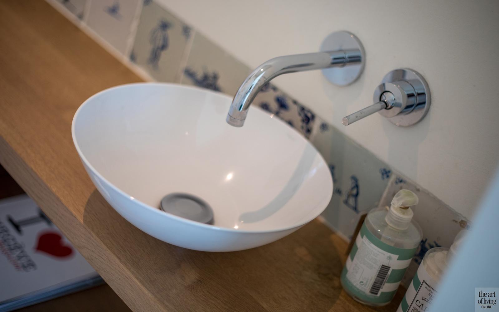 Wastafel, waskom, Alape, badkamer, sanitair, woning in L-vorm, VVR Architecten