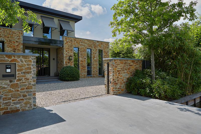 The Flagstone Company | Vosselman buiten | Mediterrane tuin