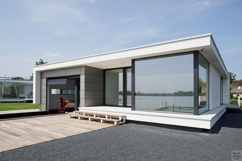 Boothuis, geprepatineerd zink, Nedzink, Strak stucwerk, Van Ballegooijen, villa aan het water, Lab32 architecten