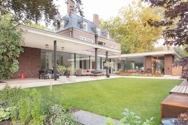 Tuin, buitenruimte, haard, Focus, terras, overkapping, zonwering, PUUR groenprojecten, Hoverniersbedrijf Kolsters, modern en eigentijds, De Bever Architecten