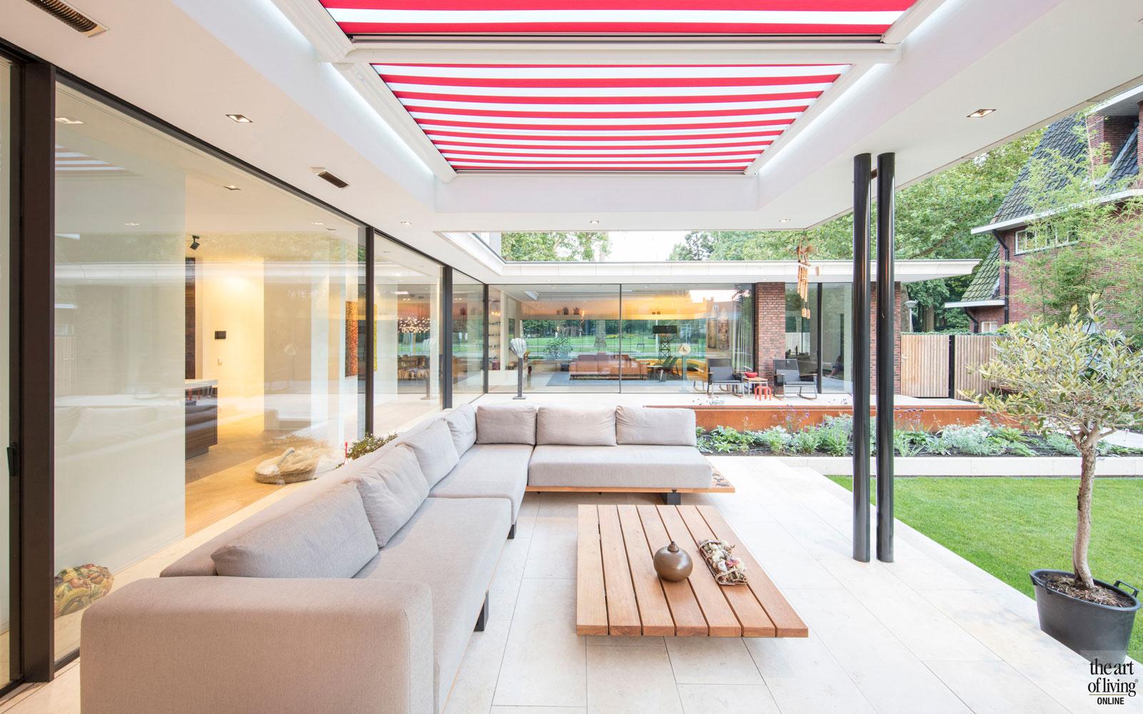 Tuin, buitenruimte, terras, overkapping, zonwering, PUUR groenprojecten, Hoverniersbedrijf Kolsters, modern en eigentijds, De Bever Architecten