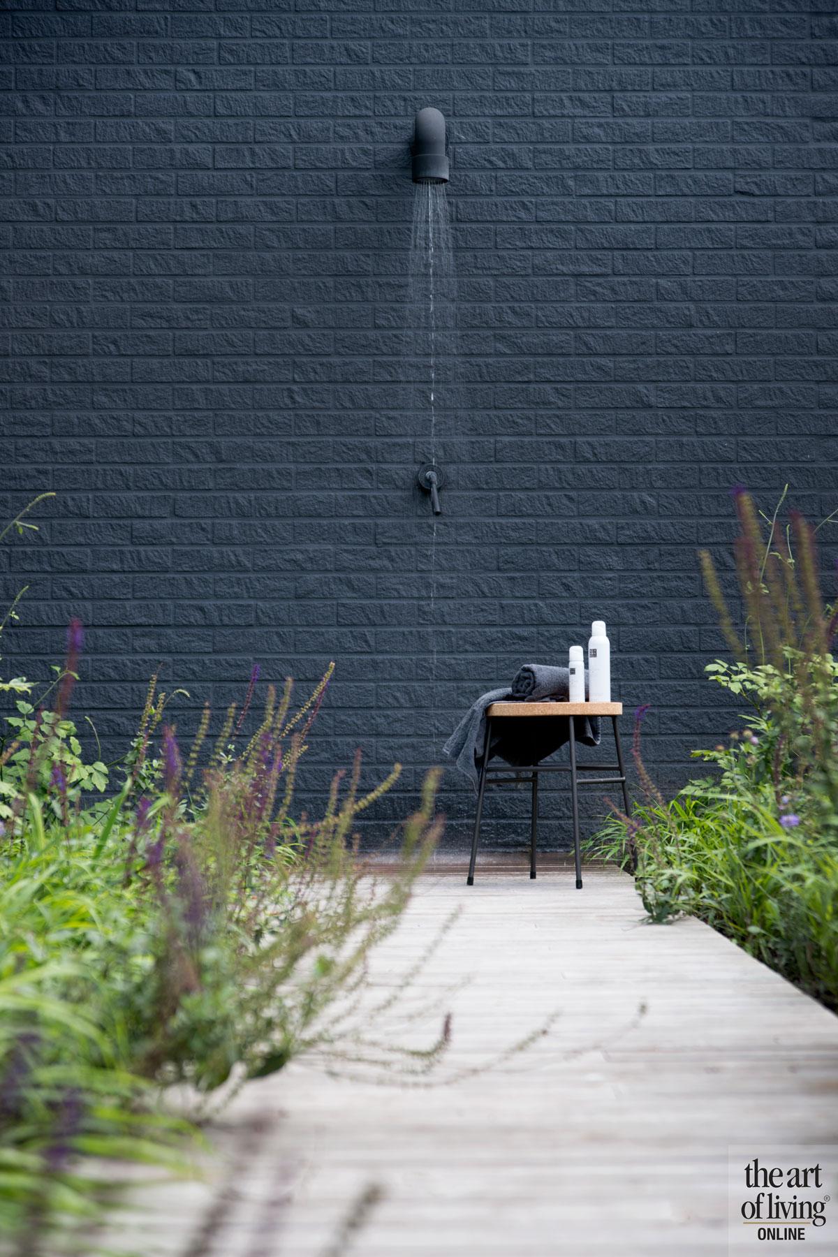 Tuin, buitendouche, JEE-O, wellness, wellnesstuin, Studio REDD