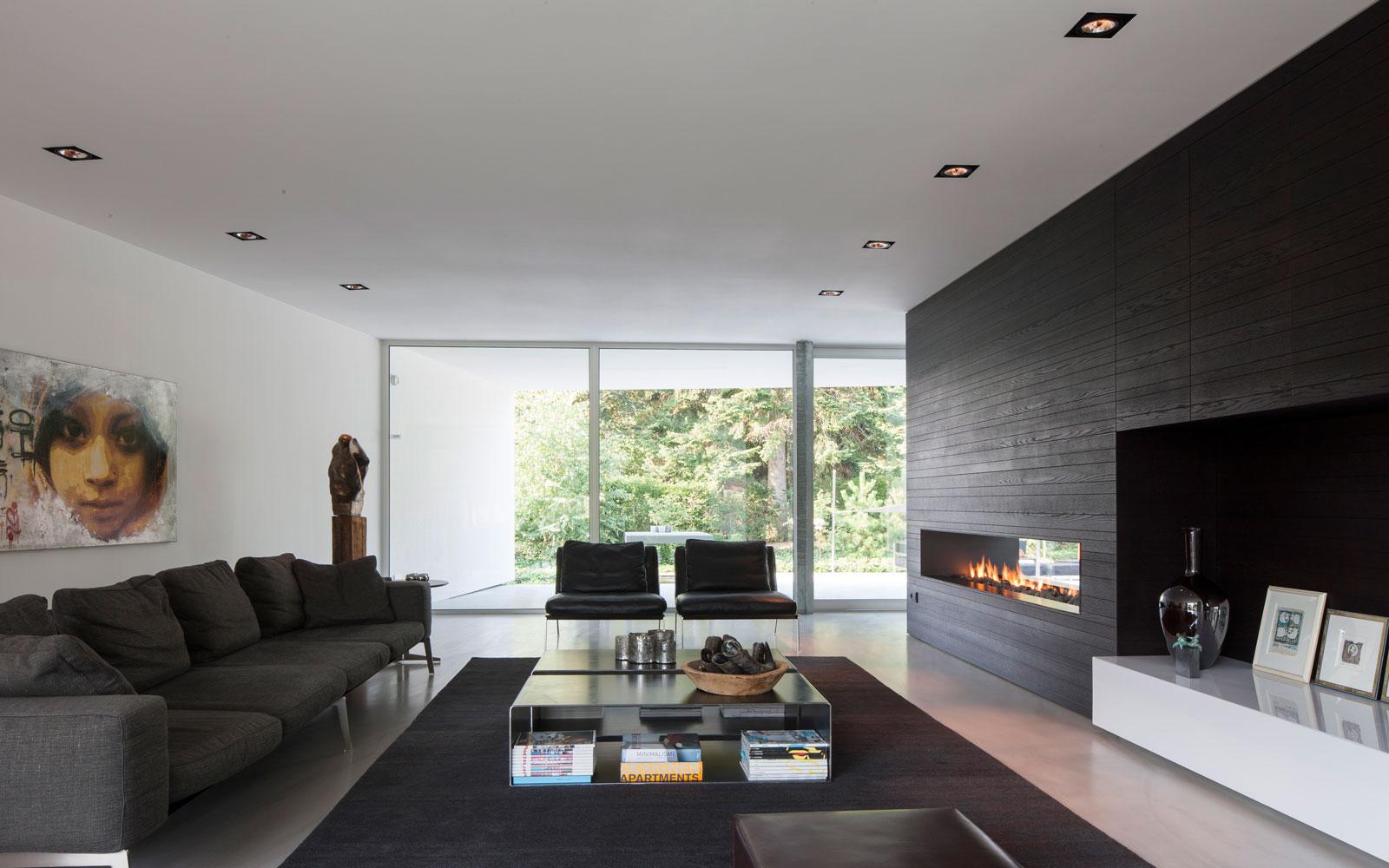 Woonkamer, living, open haard, haardvuur, haardmeubel, maatwerk, zwevende villa, Lab32 architecten