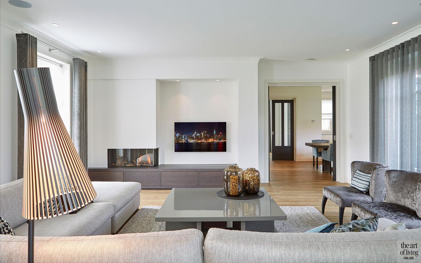 Woonkamer, living, Open haard, Verbruggen Fire & Design, Heerenhuys Interieurs, jaren 30 villa, Marco Daverveld