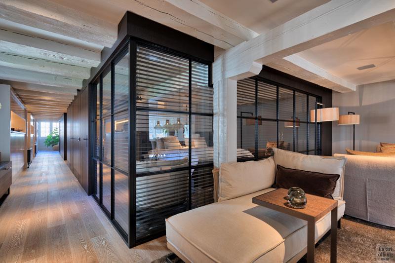 Woonkamer, glazen box, stalen frame, shutters, afgescheiden, slaapkamer, sfeervolle loft, Studio Vendrig