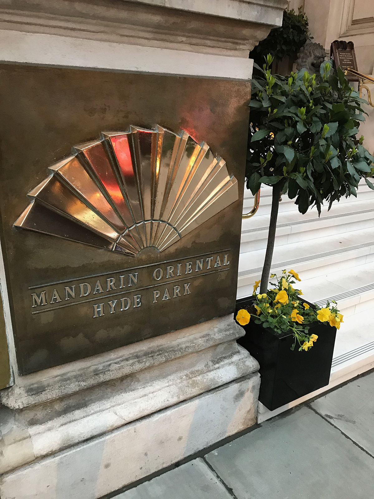 London Mandarin entrance