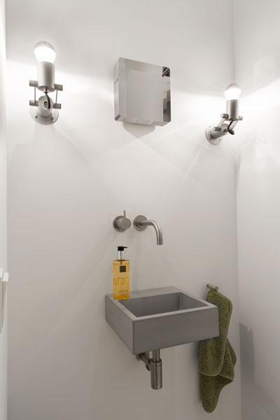 Badkamer, wastafel, inloopdouche, sanitair, stadsappartement, BNLA architecten