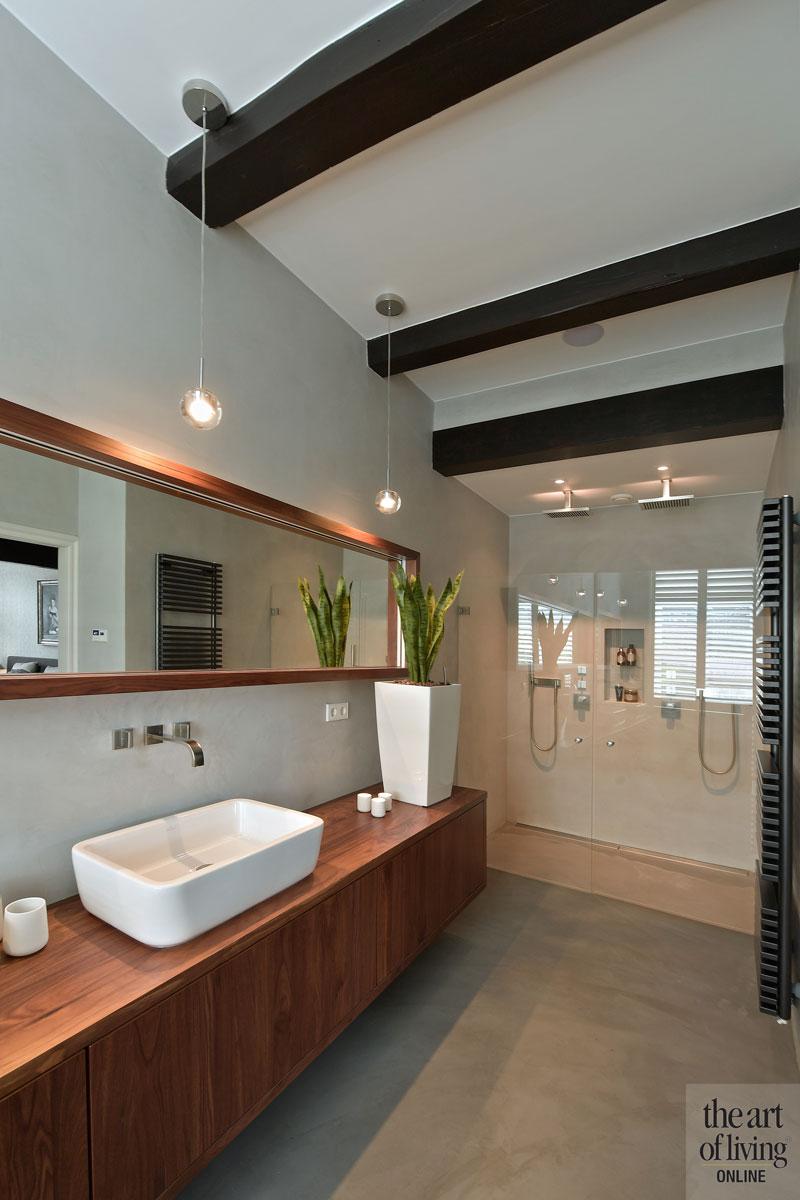 Badkamer, sanitair, wastafel, inloopdouche, shutters, Jasno, landelijk, modern, Hemels Wonen