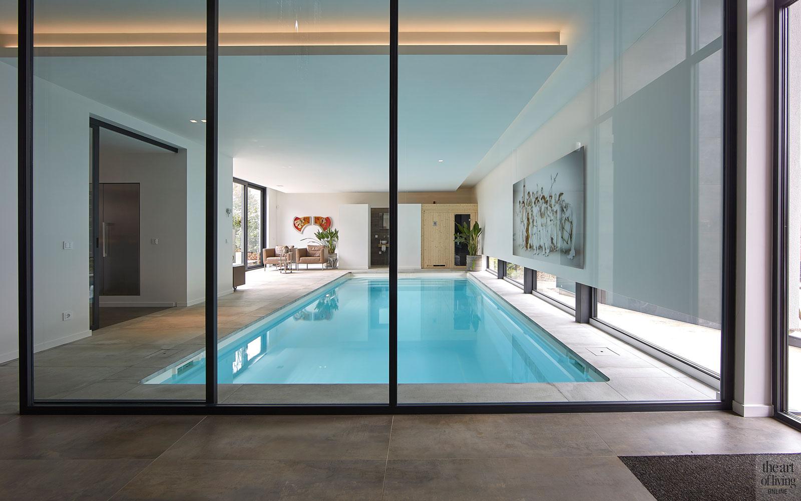 Zwembad, Starline, wellness, aluminium kozijnen, glazen deuren, Alumiant, led verlichting, moderne bungalow, Leenders Architecten