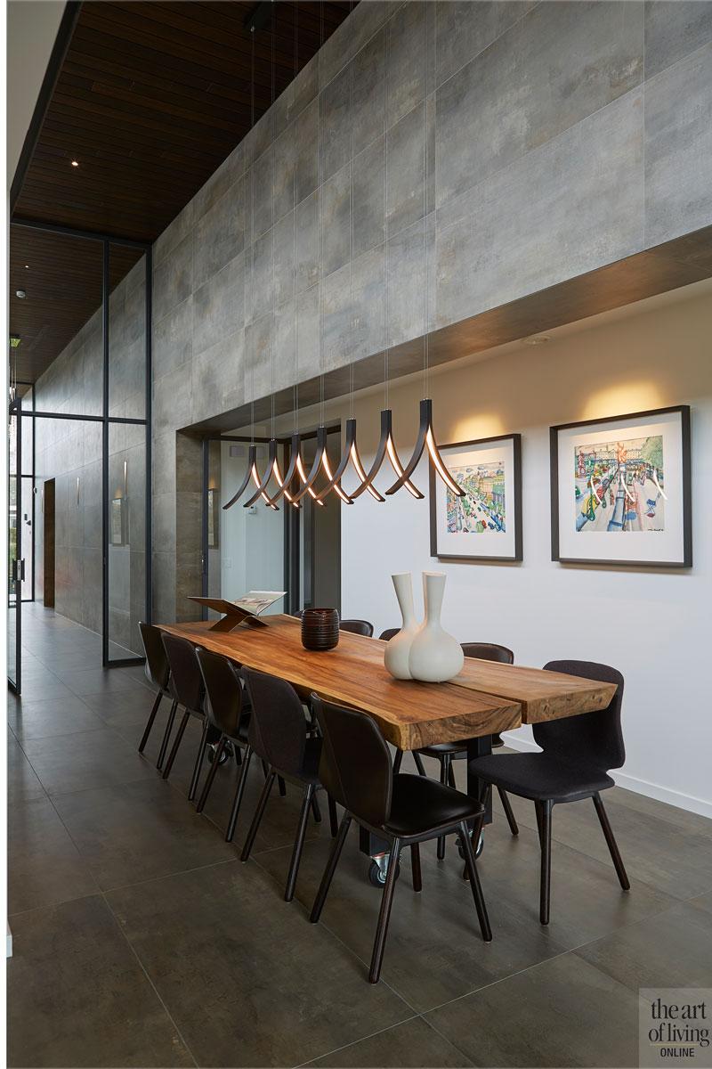Eettafel, leefkeuken, verlichting, Ilfari, design, moderne bungalow, Leenders Architecten en Ingenieurs