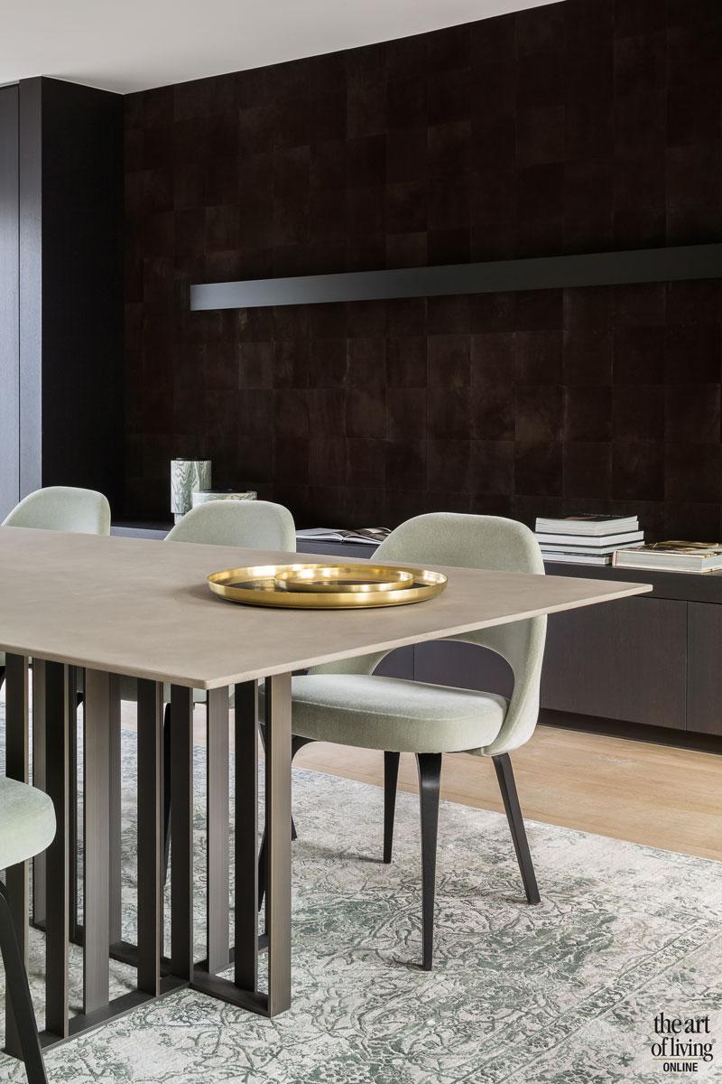Extra keuken, begane grond, keuken, eetkamer, eettafel, ruw, strak, renovatie herenhuis, JUMA architects