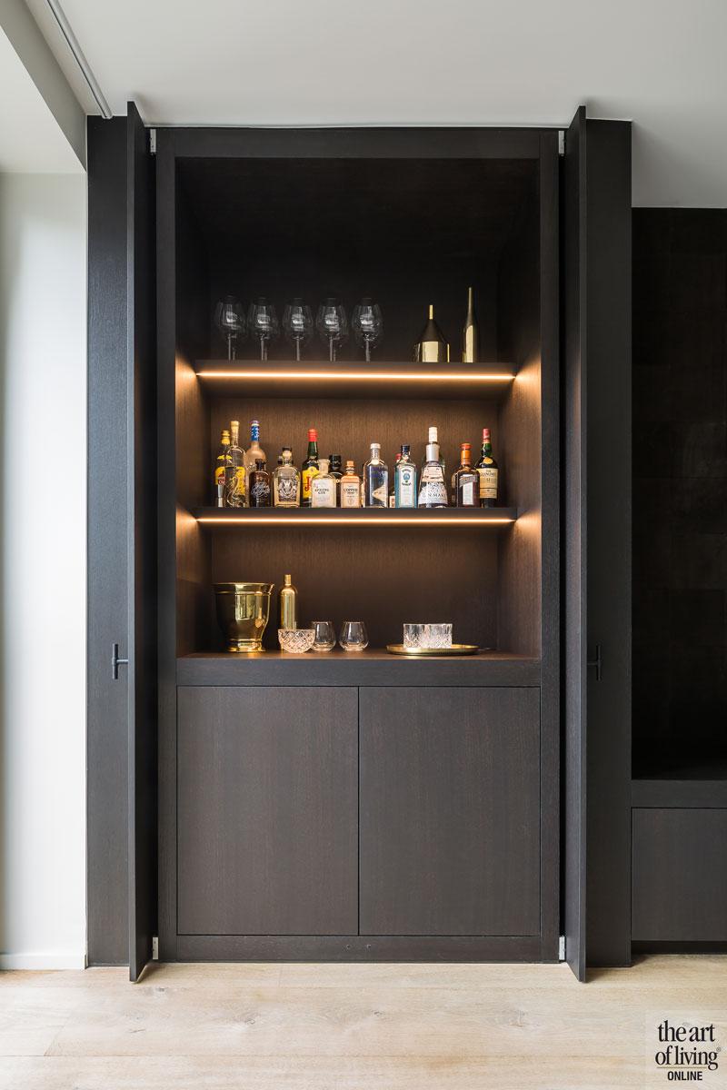 Drankkast, kast, maatwerk, ingebouwde barkast, De Coene, renovatie, herenhuis, JUMA architects
