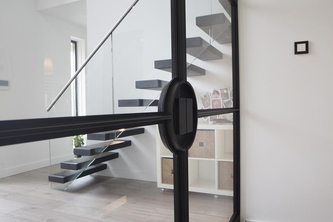 Interieurproject De Rooy Metaaldesign , stalen taatsdeuren