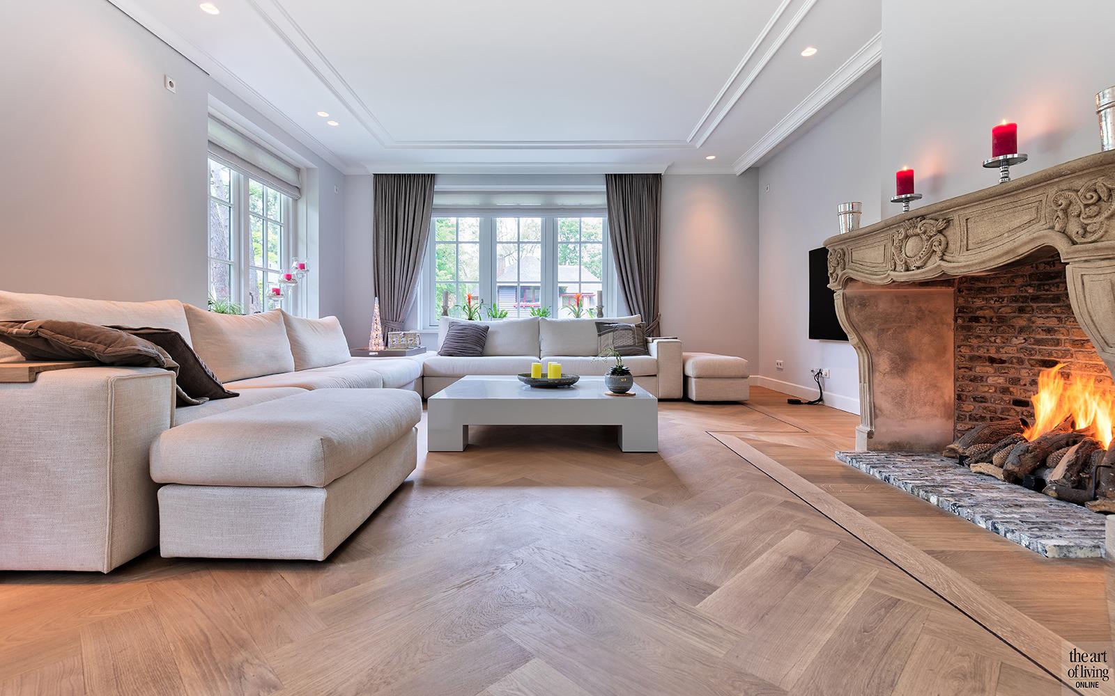 Klassiek-Landelijke woonkamer door Architectenbureau Atelier 3