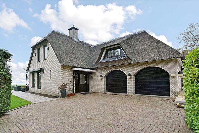 Villa André Hazes, Vinkeveen, Vinkeveense plassen, Zuidplas, Amsterdam, Utrecht, Villa, Te koop, Villa Vinkeveen