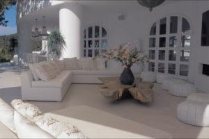 Ibiza villa, Yolanthe en Wesley Sneijder, Ibiza, Te huur, Villa, Luxe, High-end, Ibiza stijl, Lounge, Exterieur