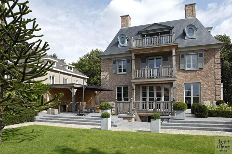 Huis in Vlaamse stijl, Vlaamse stijl, Henk Daams, Droomhuis, exterieur, kempische stijl, villa, huis, The Art of Living