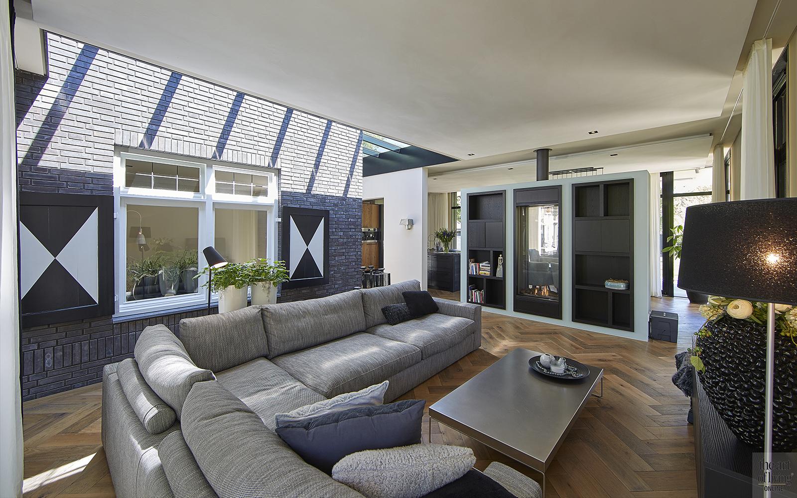 Van der Linde, Modern en Hedendaags, Architectenbureau, Verbouwing, Herenhuis, Interieur, Woonkamer, Living, Lounge, Visgraatvloer