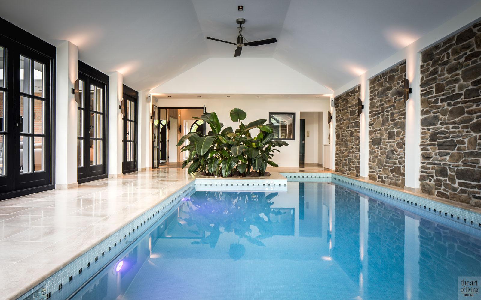zwembaden, luxe zwembad, luxe zwembaden, luxe binnenbad, zwembad bouwen, the art of living
