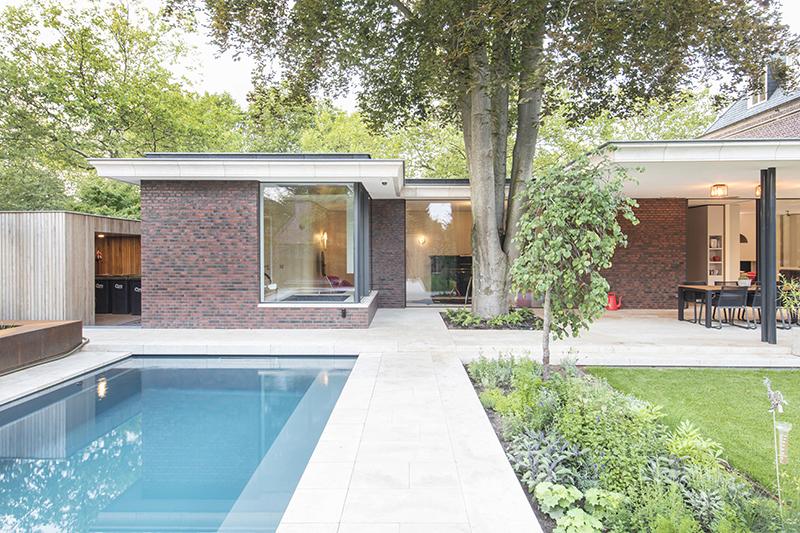Sfeervolle tuin, De Bever Architecten, Zwembad