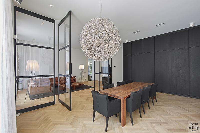 Nieuwbouw villa, Split level, Strak, Modern, Joost van der Sande, Eetkamer, Taatsdeuren