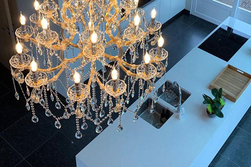 Haagsche kunsthandel, kroonluchter, the art of living