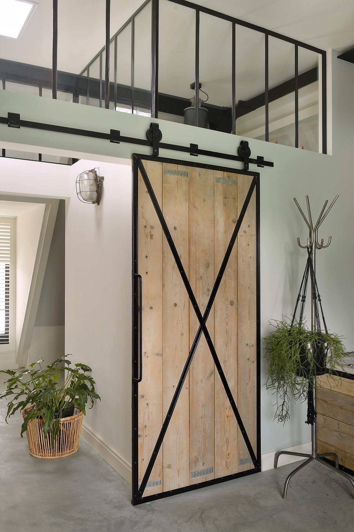 Stalen binnendeuren, StalenDeurenHuys, Stalen deuren, Taatsdeuren, Industrieel, Landelijk,