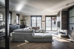 Interieur design, Linda Lagrand, Woonkamer, Living, Lounge, Strak, Modern, Sfeervol, Haard, Visgraatvloer