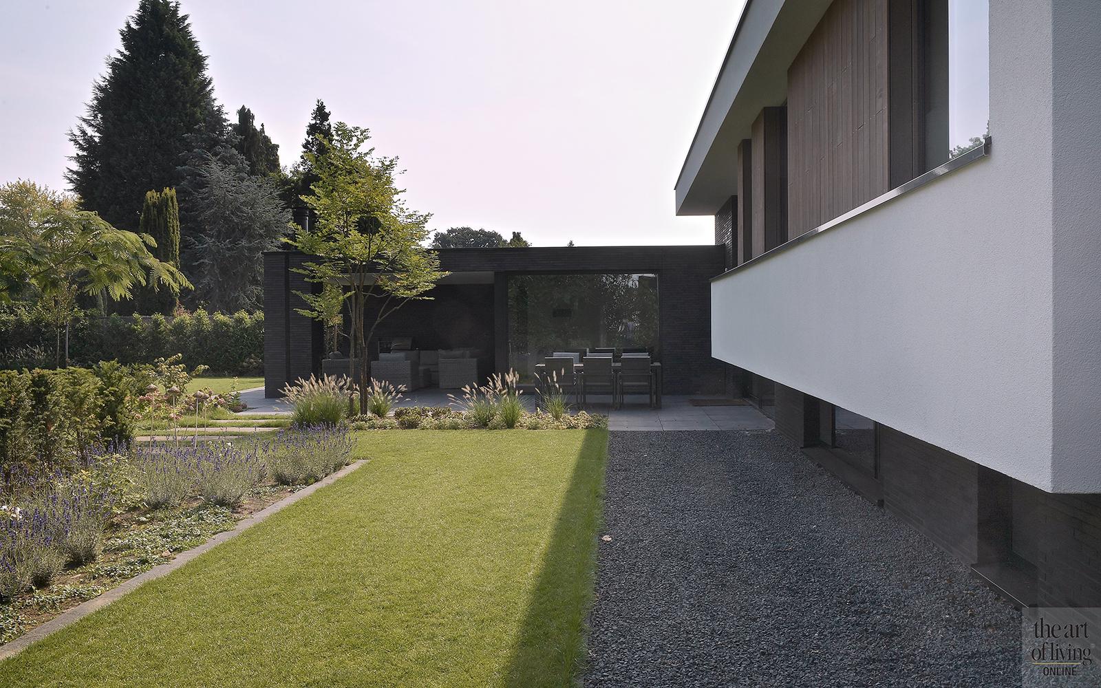 Strak modern exterieur, Maas Architecten,
