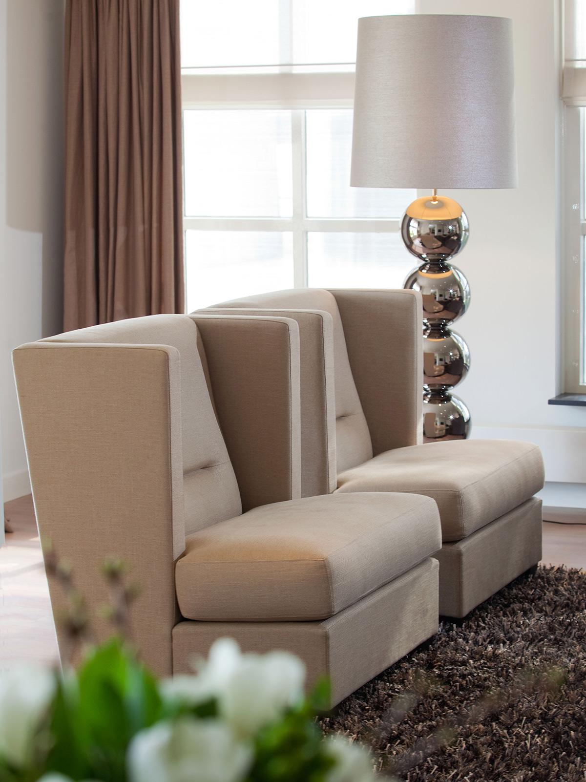 modern klassiek interieur, in het woonhuis, modern interieur, klassiek interieur