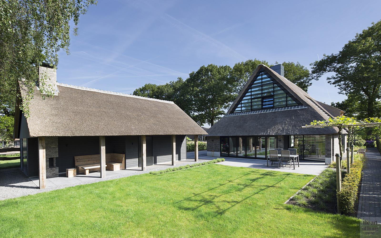 Landelijk wonen, Vermeer Architecten, Landelijk exterieur, Modern Exterieur, Tuin, Tuinontwerp, Voorgevel, Klassieke boerderij