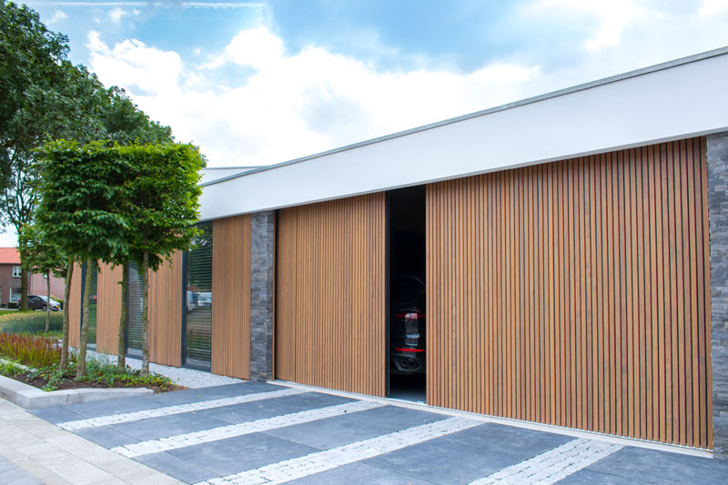 houten garagedeur, different doors, garagedeur op maat
