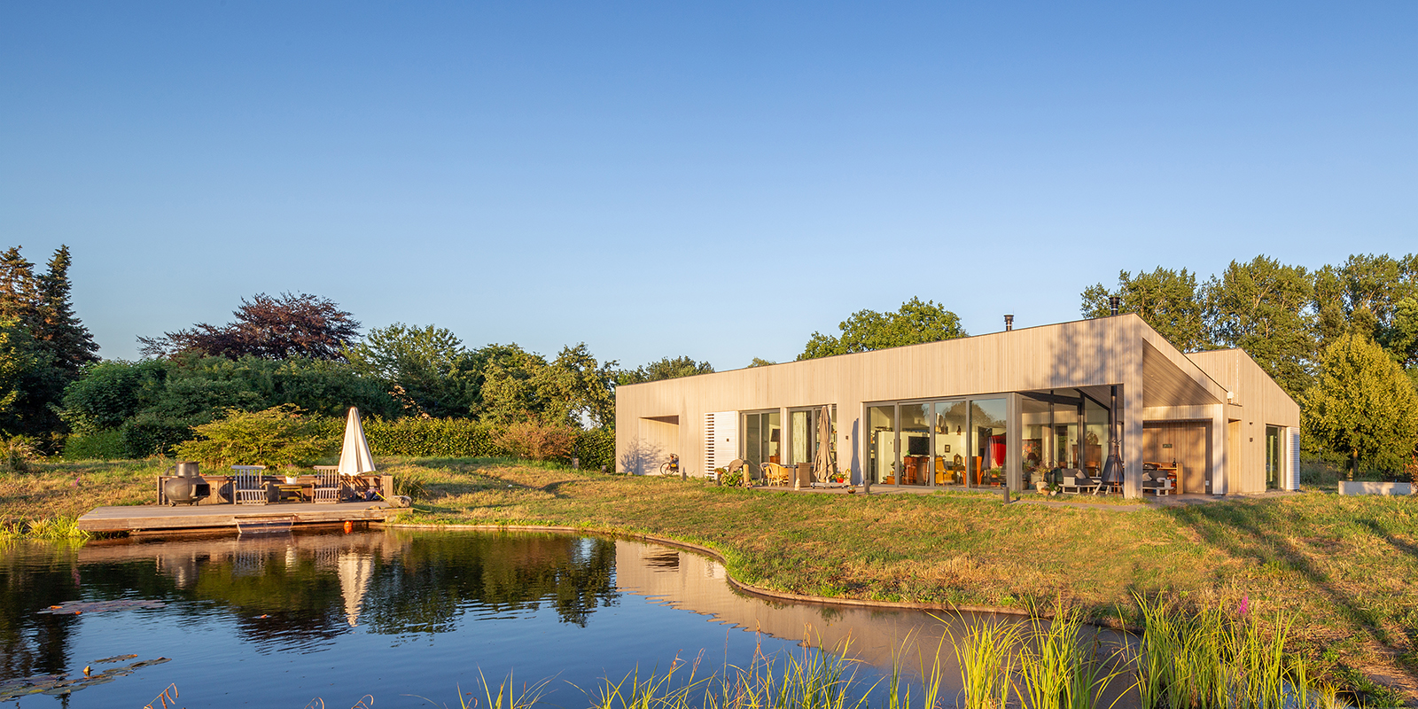 luxe villa aan bosrand, Richard Brok