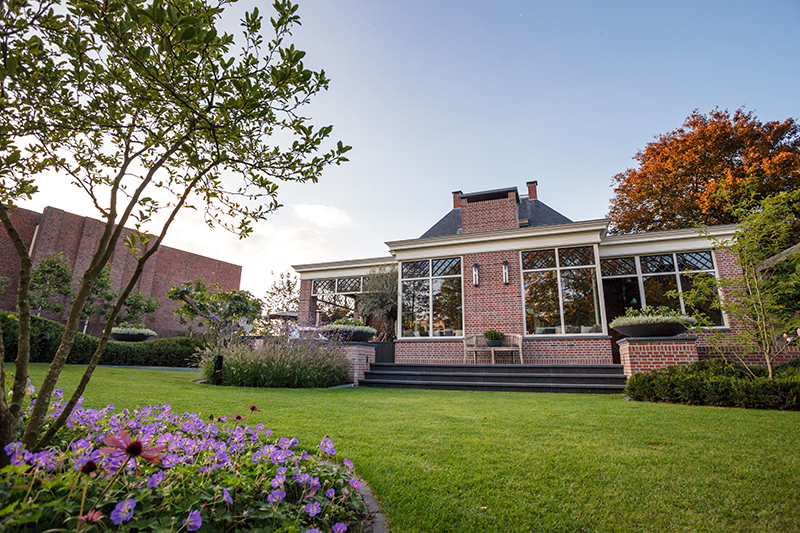 Vergroten van het woongenot, Hendriks Hoveniers, tuinarchitect, luxe tuinen, verfijnd, optimaal genot
