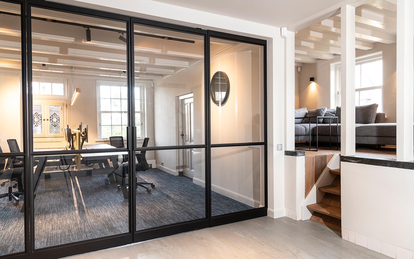 Elegante stalen taatsdeuren , De Rooy Metaaldesign, modern, karakteristiek, oud en nieuw, kantoor
