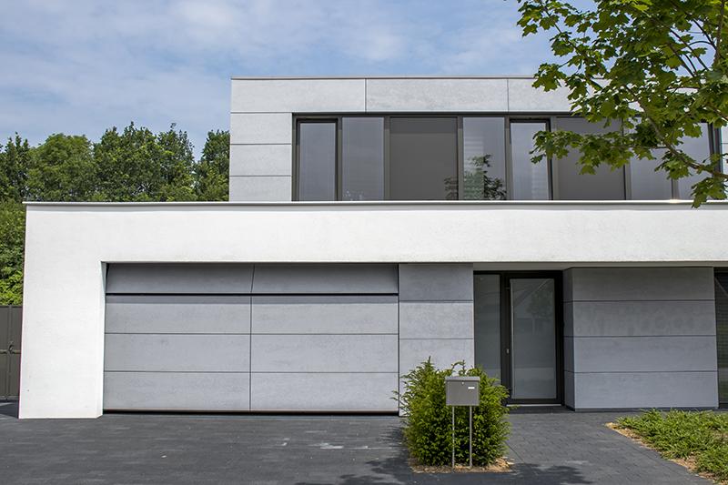 Moderne elektrische garagedeur, the art of living, different doors, modern
