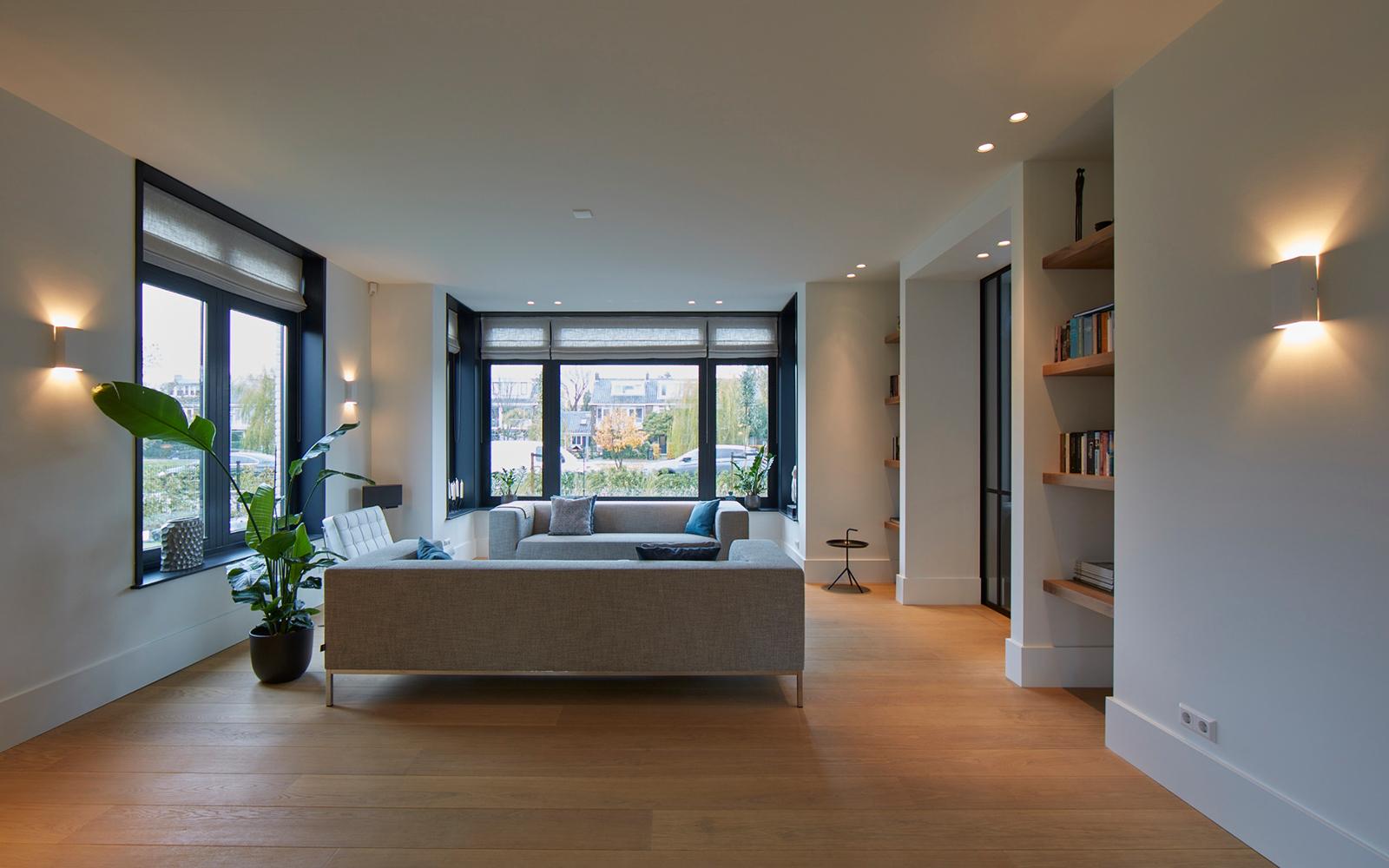 Tijdloze villa met klassieke details, AA+ Ontwerpbureau, woonkamer