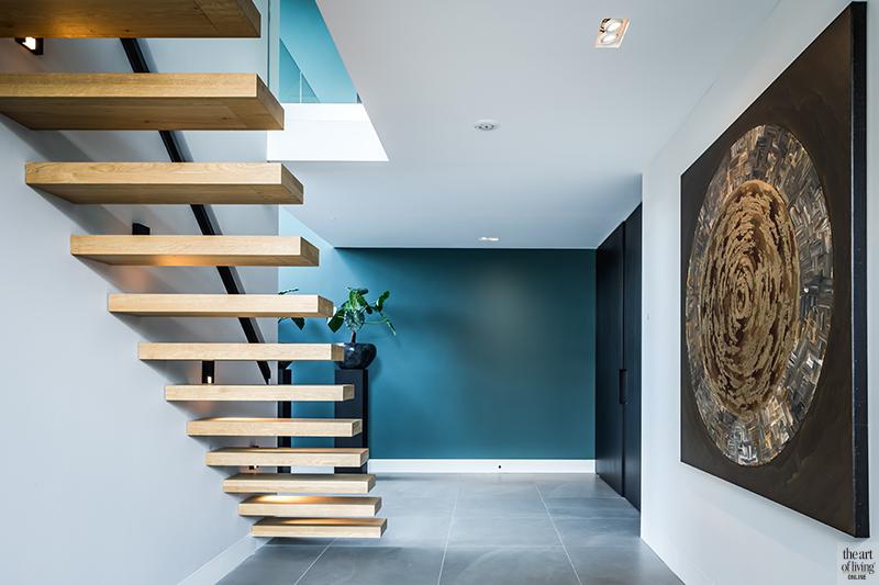 Natuurlijke materialen, drijvers, Houten trap, moderne trap, zwevende trap, Hal, Vide, Voordeur, entree