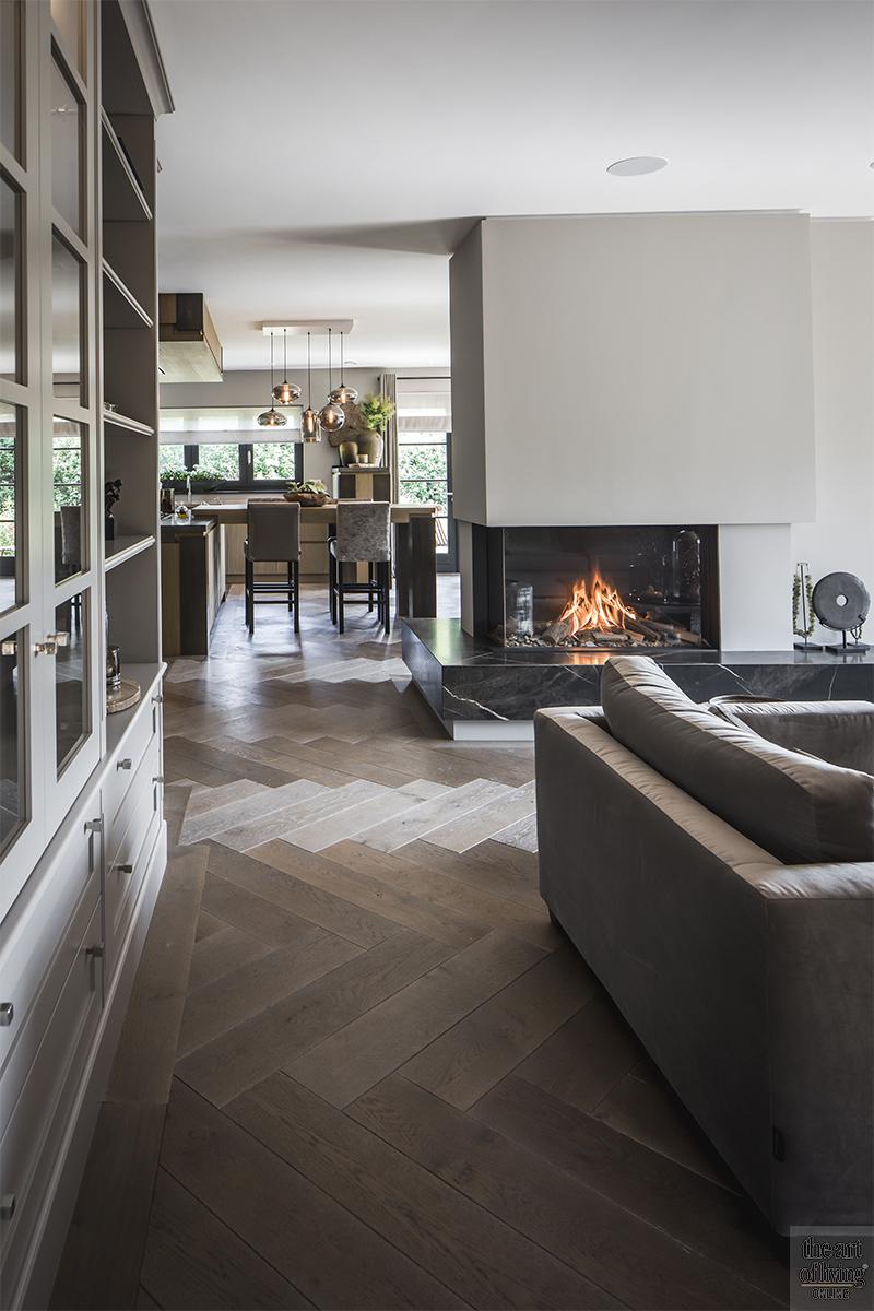 Stephen Versteegh, Versteegh Design, Luxe interieur, villa, marmer, trap, maatwerk, zwembad