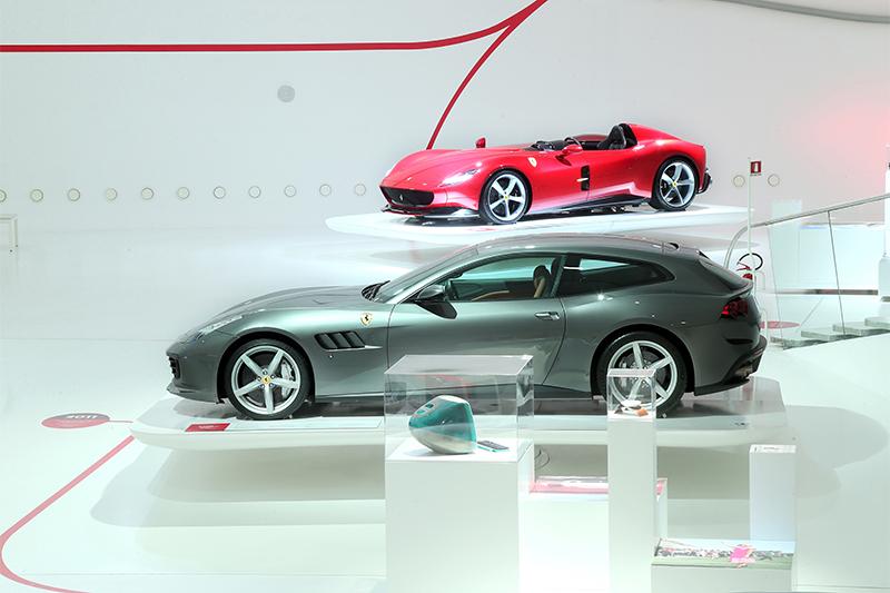 Ferrari Timeless Masterpieces | Alec Lavaerts
