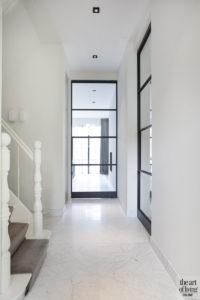 Natuurlijke kleuren, Remy Meijers, hal, Stalen deuren, Stalen deur, wit interieur
