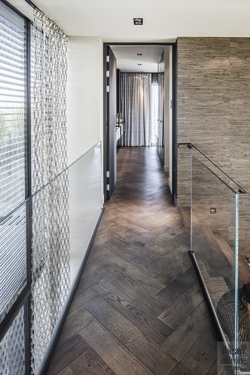 Moderne architectuur, Architectenbureau Kabaz, Luxe inrichting, Luxe interieur, Modern interieur, Maatwerk interieur, Trap, Vide